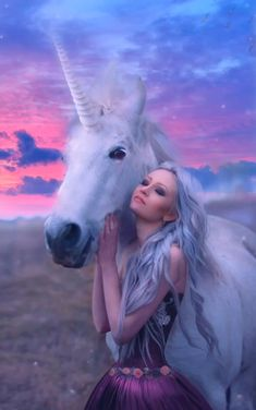 There's nothing more pure than the soul of a unicorn 🦄 💜💕 Beautiful Unicorn, Beautiful Fantasy Art, Beautiful Gif, Beautiful Fairies, Beautiful Horses, Unicorn And Fairies, Unicorns And Mermaids, Unicorn Art, Fantasy Creatures