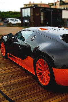 Bugatti Veyron, awesome colour. #cars