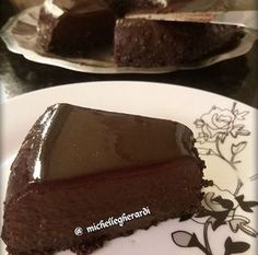 Discover recipes, home ideas, style inspiration and other ideas to try. Healthy Chocolate, Chocolate Recipes, Nutrition Tips, Healthy Nutrition, Healthy Sweets, Healthy Recipes, Low Carb Deserts, Food Decoration, Light Recipes