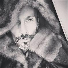 """Mi piace"": 231, commenti: 6 - Stylist|F.Adviser|Buyer|TV (@pedro.crispim) su Instagram: ""Night"""