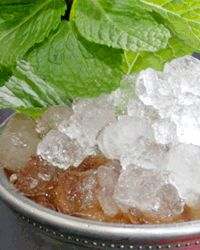 History of the Mint Julep - Celebrate Bourbon Month