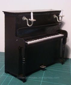how to: upright piano (series of tutorials, links  on right)