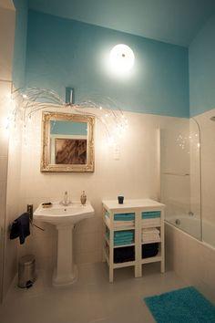 Elegant Business Apartment Vienna Neubau - for short or long term rentals Blue bathroom design Blue Bathrooms Designs, Spider Lamp, Cute House, Bath Decor, Luxury Apartments, Humble Abode, Corner Bathtub, Bathroom Ideas, House Ideas