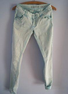 Kup mój przedmiot na #vintedpl http://www.vinted.pl/damska-odziez/dzinsy/8982706-mietowe-jeansy-reserved