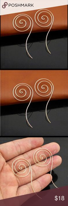 ♦️geometric silver/gold plated Round Hoop Earring Unique geometric shape threaded style spiral hoop earring.  In gold or silver plated. Free People Jewelry Earrings