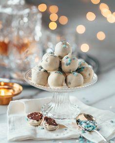 Poropiirakka | Annin Uunissa Most Delicious Recipe, Winter Solstice, Panna Cotta, Yummy Food, Candy, Dishes, Table Decorations, Baking, Ethnic Recipes