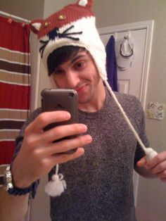 Mitch! so cute!! <----- my love for foxes and PTX has been adorably combined!!