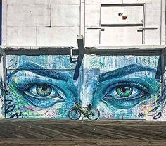 Stunning work by @thiagovaldi in New Jersey USA /Photo by @rachhatesyou (http://globalstreetart.com/valdivaldi) #globalstreetart #valdivaldi