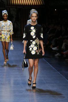 #ItaliaIsLove  Dolce&Gabbana Spring Summer 2016 Women's Fashion Show.