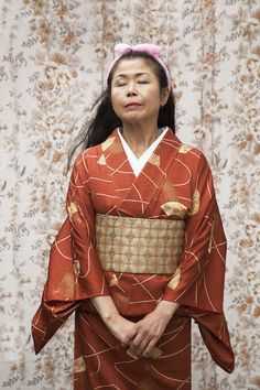 Emily Stein's latest series tells the story of Akemi and her 100 Kimonos Moving To England, Latest Series, Kimono, Daughter, Celebrities, Photography, Backdrops, Lego, Colour
