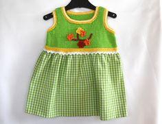 Kleider - Babykleid in grün Gr. 74-80 mit Blumen - ein Designerstück von Idee-Kreativ bei DaWanda Designer, Knit Crochet, Etsy, Summer Dresses, Knitting, Fashion, Little Girl Dresses, Flowers, Creative