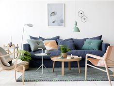 Having small living room can be one of all your problem about decoration home. To solve that, you will create the illusion of a larger space and painting your small living room with bright colors c… Small Space Living Room, Decor Home Living Room, Decor Room, My Living Room, Small Spaces, Home Decor, Room Decorations, Living Room Inspiration, Interior Inspiration