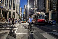 Cycling in Toronto by Philippe Davisseau (Davisso)