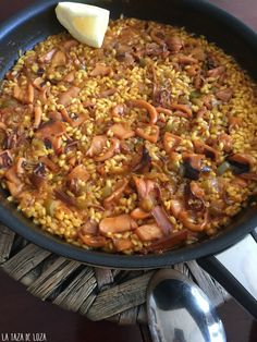 Rice Recipes, Healthy Recipes, Colombian Cuisine, Spanish Kitchen, Quinoa, Good Food, Yummy Food, Saveur, Food To Make
