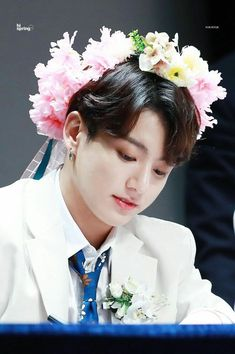 Image shared by ARMY. Find images and videos about kpop, bts and jungkook on We Heart It - the app to get lost in what you love. Bts Jungkook, Taehyung, Yoongi, Namjoon, Foto Bts, Bts Photo, Jung Kook, Jeon Jeongguk, Busan