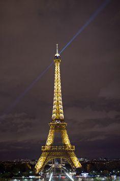 @PinFantasy - Paris, France ~~ For more:  - ✯ http://www.pinterest.com/PinFantasy/viajes-parisoh-la-la/