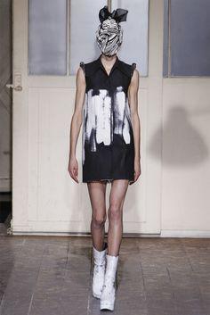 Sfilata Maison Martin Margiela Paris - Alta Moda Primavera Estate 2013 - Vogue