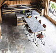 Dinning Room with stone pantry Source : FB House Idea