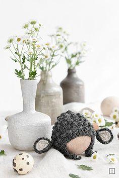 Instructions Shemale egg warmer for Easter Crochet Dolls, Knitting, Holiday Decor, Pretty, Handmade, Easter Decor, Home Decor, Amigurumi, Sheep