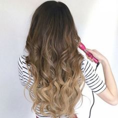 Possibly the fastest way to create curls for any hair type is by using a hot curling iron brush. Check out our top 10 best curl makers! Chic Hairstyles, Curled Hairstyles, Headband Hairstyles, Curls For Long Hair, Curly Hair, Curling Iron Hairstyles, Voluminous Curls, How To Curl Your Hair, Homecoming Hairstyles