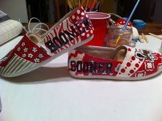 IM IN LOVE WITH THESE!!!  Handpainted customized Oklahoma Sooner Toms by HeartNSoleDesigns, $120.00