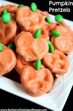 Pumpkin pretzels! Halloween Treats For Kids, Holidays Halloween, Halloween Fun, Halloween Birthday, Birthday Ideas, Pumpkin Pretzels Recipe, Holiday Recipes, Holiday Treats, Holiday Foods