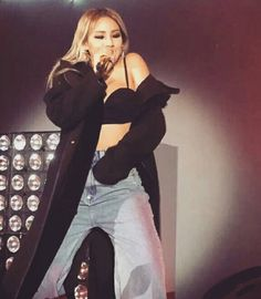 """Cl in shangahi #calvinklein #happyminzyday ♡#HELLOBITCHES #skydragon…"