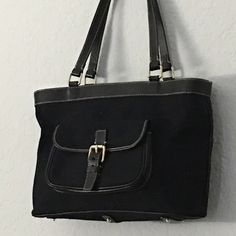 Authentic Dooney & Bourke East/West Handbag Good condition. Some bottom stains (pen) but bag in great condition Dooney & Bourke Bags Satchels