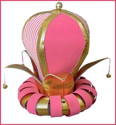 LAS MANUALIDADES DE CLAUDIA (TODO SACADO DE LA WEB): GORROS DE GOMA ESPUMA Foam Crafts, Diy And Crafts, Puppet Tutorial, Crazy Hat Day, Painted Hats, Puppet Patterns, Funny Hats, Prop Design, 3d Design