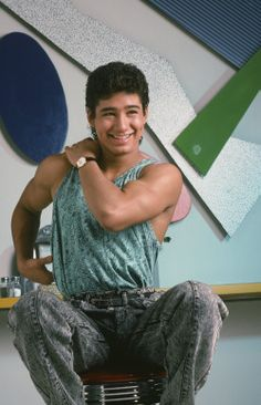 There are a lot of reasons we still miss Saved by the Bell, and AC Slater is definitely one of them. Yes, Zack Morris melts our hearts and Kelly Kapowski is Mark Paul Gosselaar, Elizabeth Berkley, Mario, Cute Celebrities, Celebs, Boy Fashion, Retro Fashion, Zack Morris, Hollywood Scenes