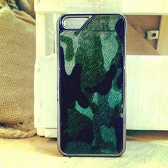 """Die Getarnte"" Smartphone Case in Camouflage/Military style -  iPhone 5/5S Case handmade from genuine leather!  Handgemacht aus echtem Leder für iPhone 5/5S & iPhone 4/4S <3"