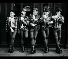 G-Dragon / Taeyang / TOP / Seungri / Daesung - Extraordinary Photobook Daesung, Top Bigbang, Rockabilly, Hip Hop, K Pop, Yg Groups, Baby Baby, Big Bang Kpop, Bang Bang