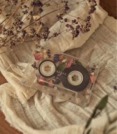 Image about photography in Umbralina by Umbralina cameraaesthetic Old memories aesthetic flowers cartoon # Cream Aesthetic, Classy Aesthetic, Brown Aesthetic, Flower Aesthetic, Aesthetic Images, Aesthetic Collage, Aesthetic Vintage, Aesthetic Photo, Aesthetic Pastel Wallpaper
