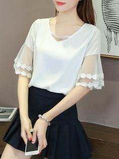 95 Best Lace Dress Ideas to Look Stunning This Summer White Blouse Designs, Latest Summer Fashion, Sleeves Designs For Dresses, Blouse Models, Kurta Designs, Beautiful Blouses, Blouse Styles, Designer Dresses, Ideias Fashion