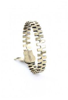 #Chicwish  Zip Retro Metal Bracelet