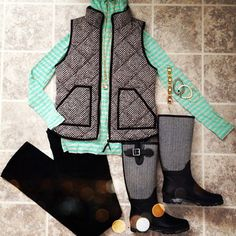 love that vest Fall Winter Outfits, Winter Wear, Autumn Winter Fashion, Fall Fashion, Winter Clothes, Winter Style, Fashion Ideas, Preppy Style, Style Me