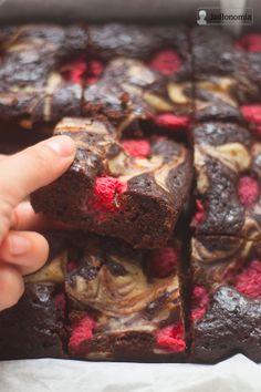 jadłonomia • roślinne przepisy: Sernikobrownie z malinami
