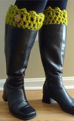 Boot Cuffs with Super Bulky Yarn