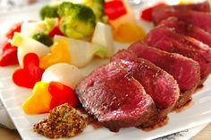 フライパンひとつで簡単に本格ローストビーフ。牛肉は糖質が低く良質なタンパク質を含んでいるので抗糖化にぴったり!ローストビーフ[洋食/焼きもの、オーブン料理]2015.04.20公開のレシピです。