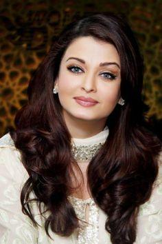 Aishwarya Rai Bachchan#wedding makeup inspiration