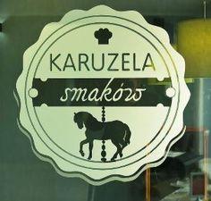 """""""Karuzela Smaków"""" to hotelowa restauracja, w której serwowane są zarówno dania z kuchni polskiej, jaki i europejskiej."""