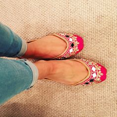 Hot pink mirror work Punjabi Juttis available from Tyche London. Delivery worldwide through our website www.tyche-london.com