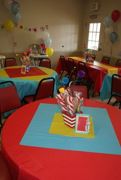 Thing 1 and Thing 2 Dr Seuss Party - simple decorating