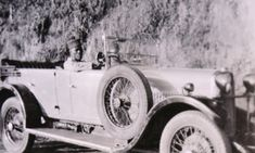 Old Photos cars in Rhodesia Car Photos, Car Ins, Antique Cars, Birth, Boards, River, Vintage Cars, Planks