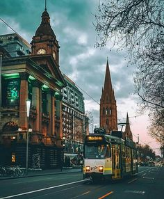 Melbourne tram in front of the town hall on Swanston Street