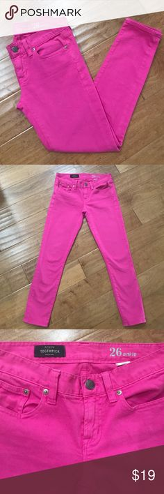 J Crew pink toothpick J Crew retail pink toothpick. Size 26 ankle. Inseam 28 inches, rise approx 8 inches. Pre-loved. Small black spot noted on leg see last pic not noticeable when on. J. Crew Pants