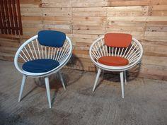 **SOLD**Yngve Ekstrom 'Circle' chair #circle #round #likeanegg #fabric #wood #white #1958 #origional #vintage #retro #euvintage