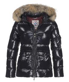 019321aac4 Doudounes, vestes & produits de Literie | Depuis 1859 | Boutique officielle  - Pyrenex