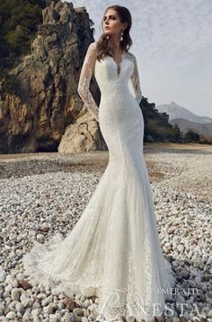1423092a16f3  brudekjole  brudekjoler  brudekjolen brudekjoledanmark  weddingdress   bridaldress bryllup  brudekjolemedlommer   brudekjoleprøving brudekjoleprøvning ...
