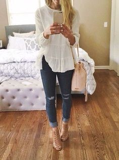 Fall Fashion-Boutique Style One of the reasons I like boutique style is because it's different than what you will see at the mall. Mode Outfits, Fashion Outfits, Womens Fashion, Night Outfits, Fasion, Skater Outfits, Dinner Outfits, Woman Outfits, Club Outfits